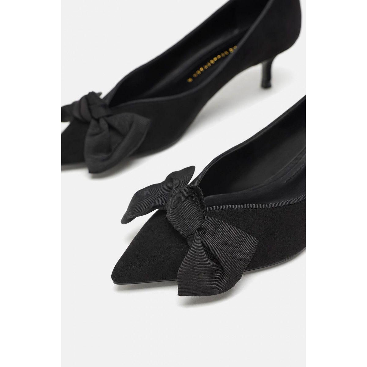 Zara Mid Heel Shoes With Bow