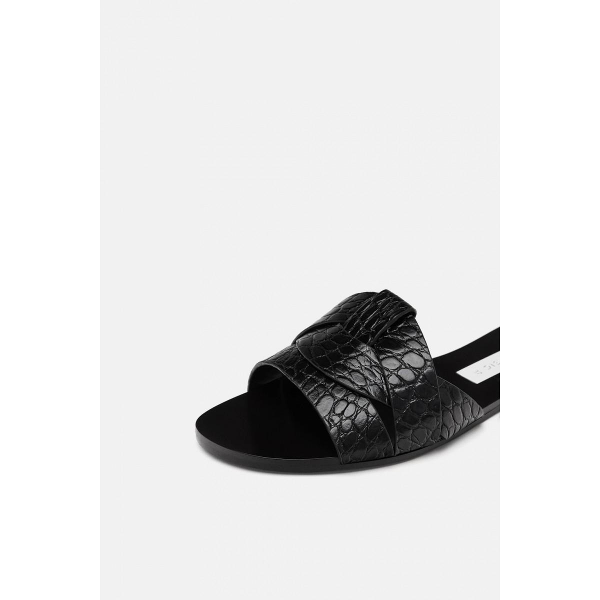 Zara Animal Print Leather Flat Sandals (Black)