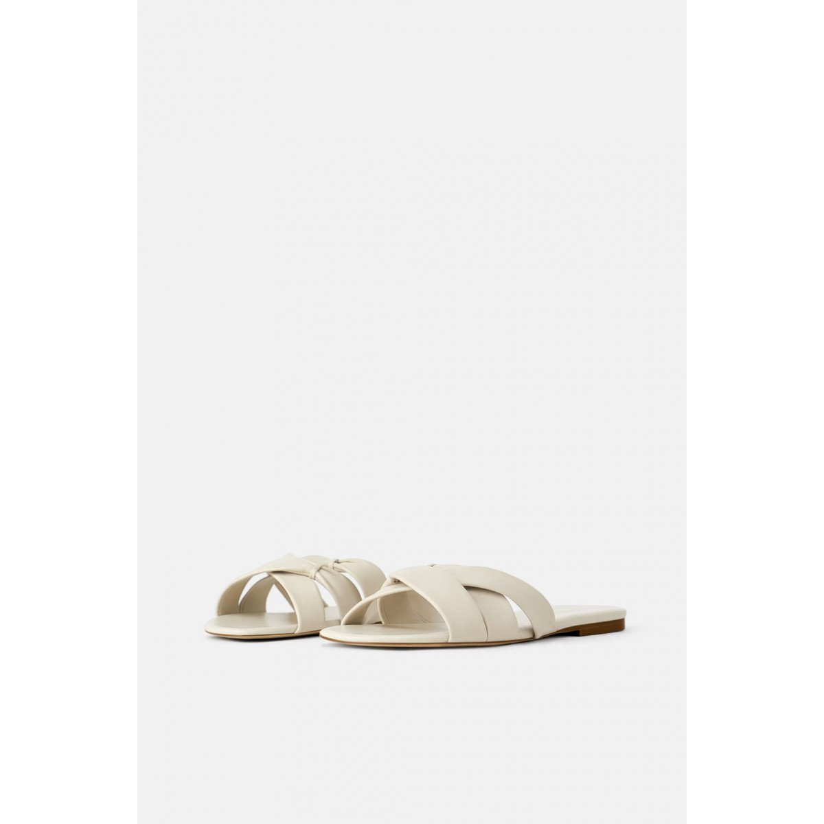 Zara Flat Leather Sandals With Criss-Cross Straps