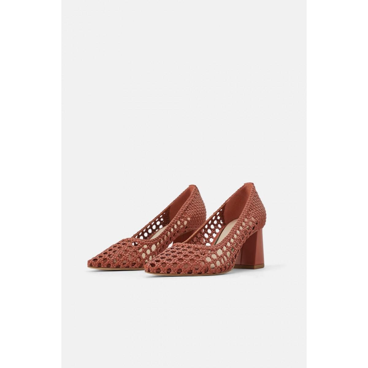 Zara Woven Wide Heeled
