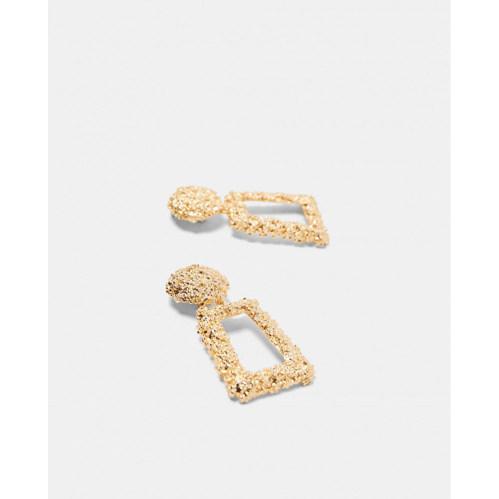 Zara Golden Raised Design Earrings