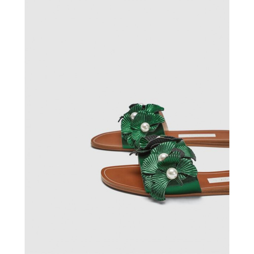 Zara Flat Sandals With Floral Beaded Detail