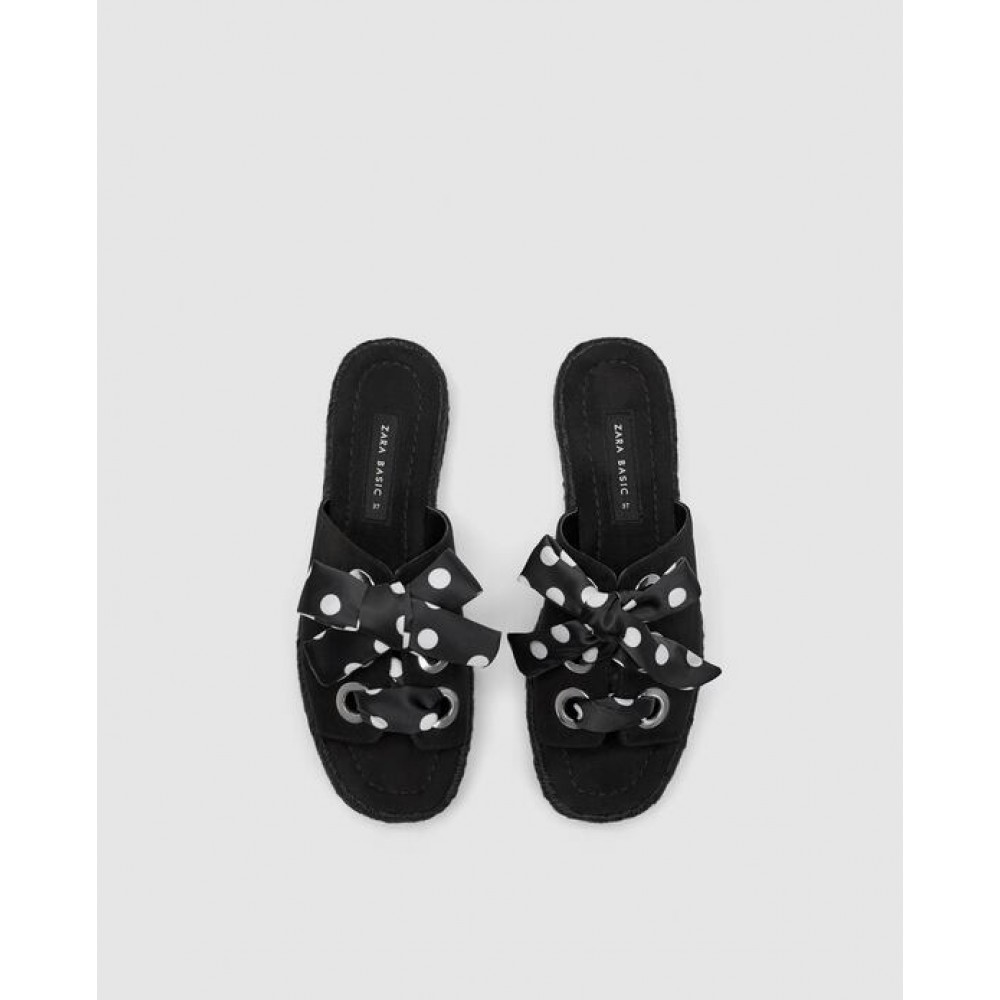 Zara Ladies Flat Shoes With Polka Dot Laces